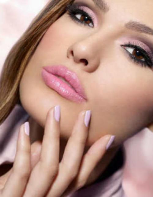 макияж под ярко розовое