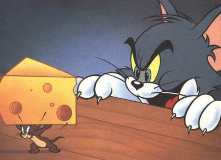 Онлайн игра Том и Джерри - Обкради сырную фабрику