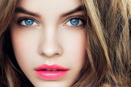 Візажисти розповіли які кольори використовувати в макіяжі блакитних очей