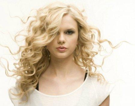 Красивий образ за 5 хвилин: кращі зачіски на швидку руку