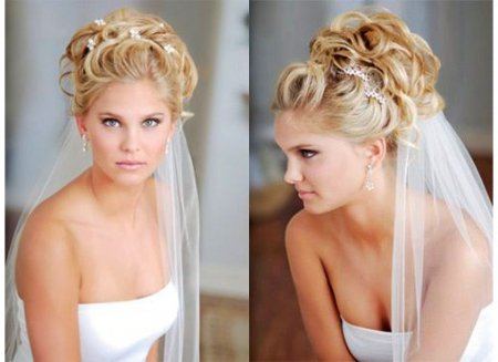 Весільні зачіски з фатою: Мода 2015