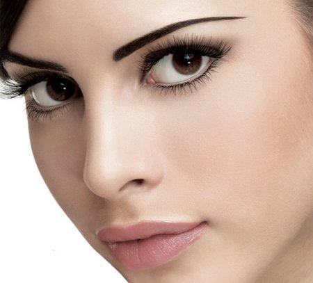 Красивый макияж черным карандашом за 10 минут