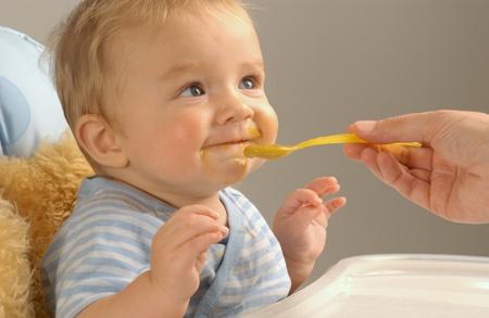 Харчування дитини після року - поради дієтологів