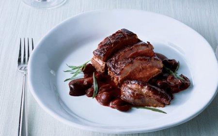 Як готувати качку в духовці - рецепт