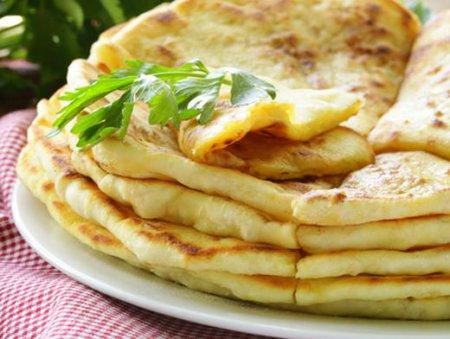 Як готувати хычины: рецепт смачного грузинської страви