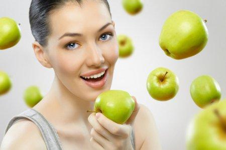 Как сбросить 5-7 кг за неделю: яблочная диета для похудения