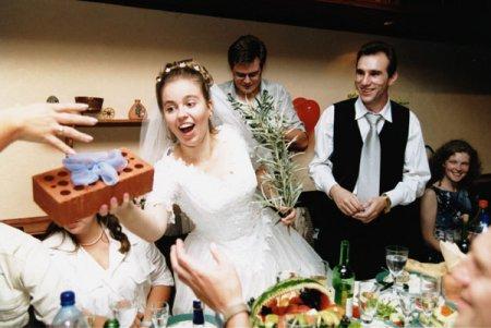 Что подарить на свадьбу друзьям