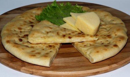Рецепт универсального блюда. Как приготовить пирог с соленой начинкой
