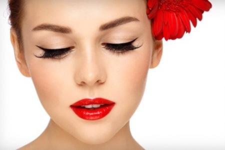 Как сделать шикарный макияж  за 3 минуты: пошаговая инструкция