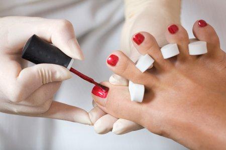 Оформлення нігтів