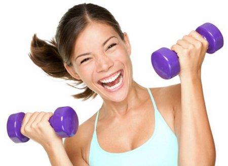 Стройная фигура за месяц: ТОП-7 фитнес упражнений с гантелями
