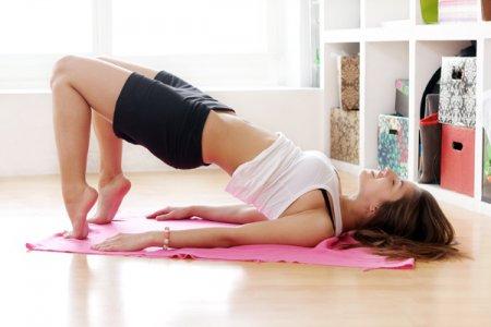 Фитнес для похудения: упражнения для груди, бедер и талии