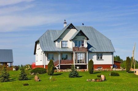 Интерьер частных домов в деревне: ТОП-5 вариантов оформления