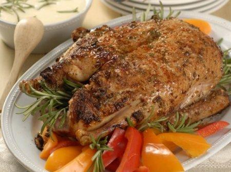 Рецепт святкової страви: як приготувати дику качку в духовці