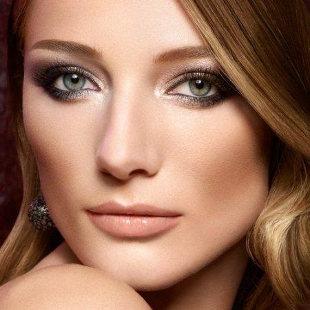 Робимо макіяж очей вечірній: ТОП-3 варіанти з покрокової інструкцією