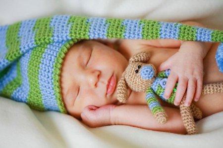 Как приучить ребенка раньше ложиться спать
