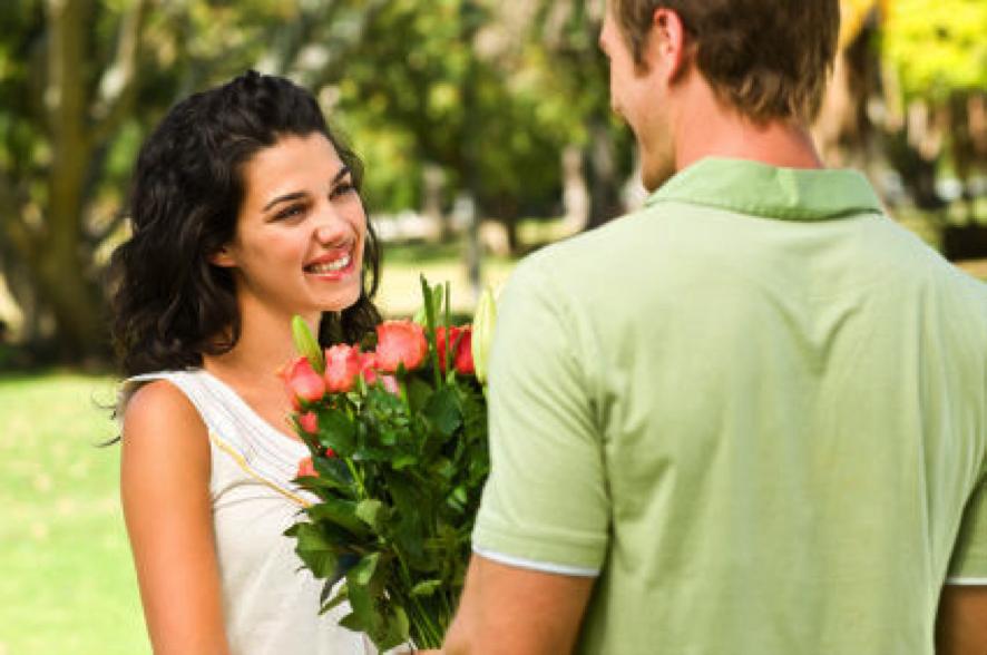 Как развести девушке на первом свидание у девушки дома о сексе