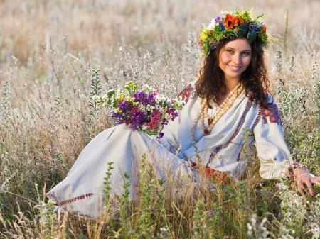 Як робити макіяж українки