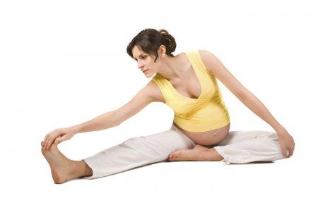 Упражнения для беременных: подготовка к родам без боли