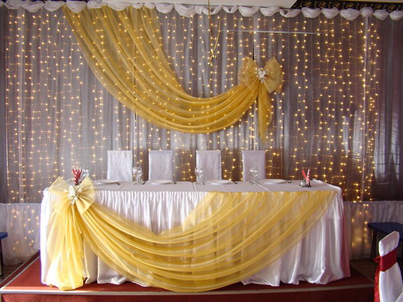 Украшение свадебного стола своими руками тканью