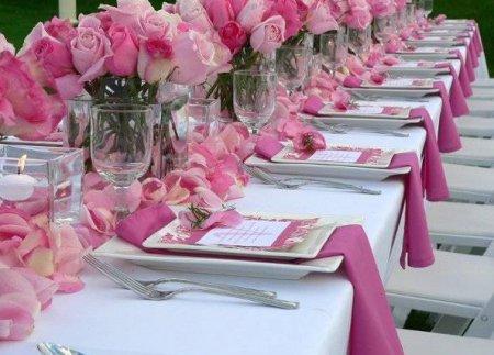Прикраса весільного столу: поради та рекомендації фахівців