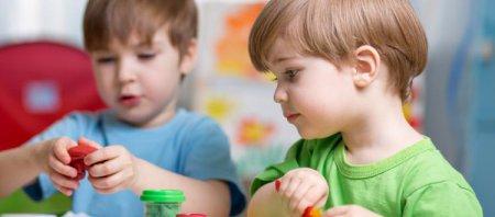 Психологи рассказали как развить усидчивость у ребенка