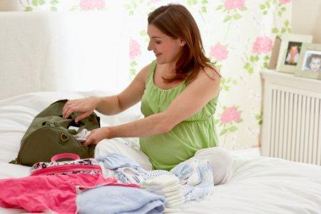 Сумка в роддом: ТОП вещей, которые необходимо взять с собой