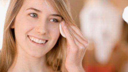 Чистка особи для проблемної шкіри