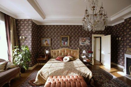 Как оформить интерьер спальни в английском стиле: советы дизайнеров