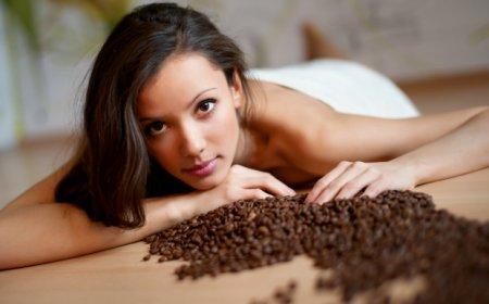 Скраб для тіла: мед + кава і ніяких проблем з шкірою!