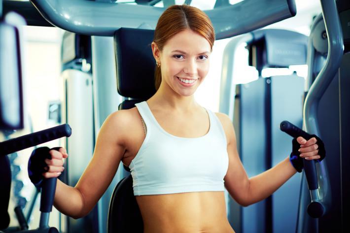 Женщина и женщина в спортзале видео скс фото 779-245