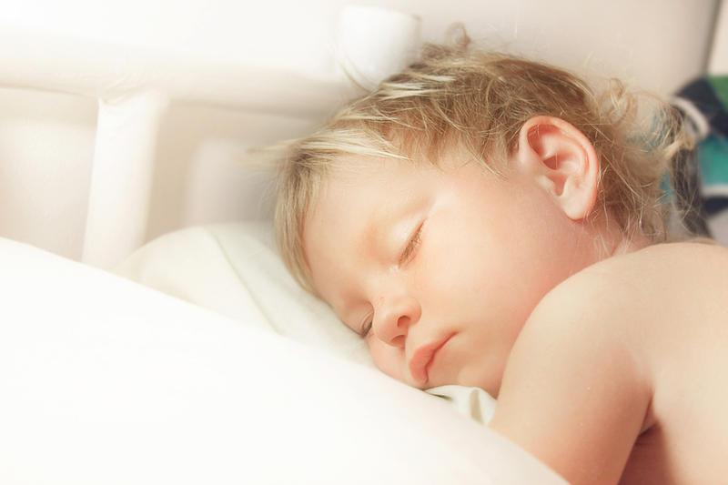 Секс ночью кагда реб нок спит