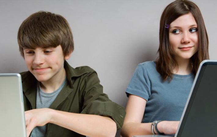 где познакомиться или как общаться с девушкой