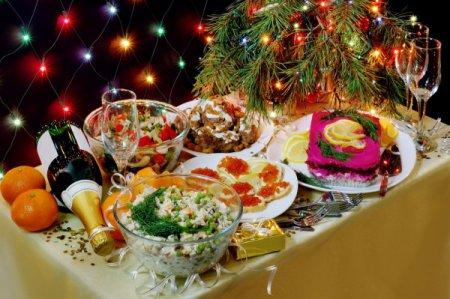 Що приготувати на Новий рік 2016: найкращі рецепти закусок