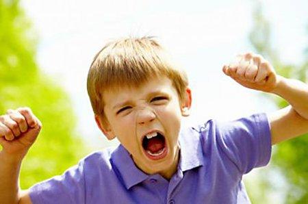 Детские капризы на улице: причины и последствия