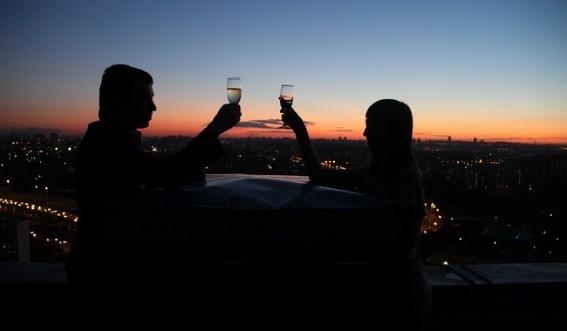фото свидание на крыше