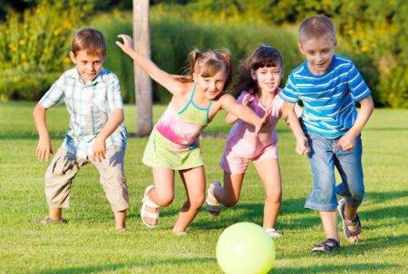 Як розвинути товариськість у дитини. Поради психолога