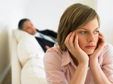 Що робити, якщо чоловік зраджує? Поради психолога: як зберегти шлюб