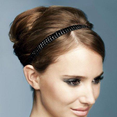 Як зробити зачіску з пов'язкою за 5 хвилин