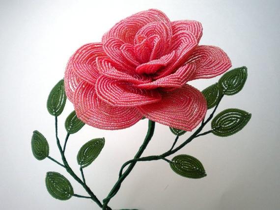 Французское плетение бисером цветов