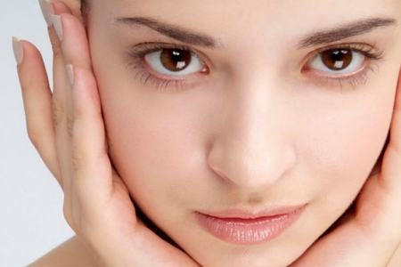 Мануальна чистка обличчя в домашніх умовах