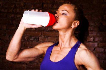 Експерти розповіли, як правильно харчуватися спортивним харчуванням