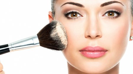 Як зробити професійний макіяж в домашніх умовах