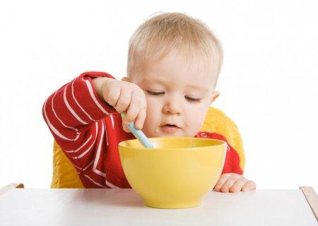 Правильне харчування однорічної дитини: ТОП-10 обов'язкових продуктів