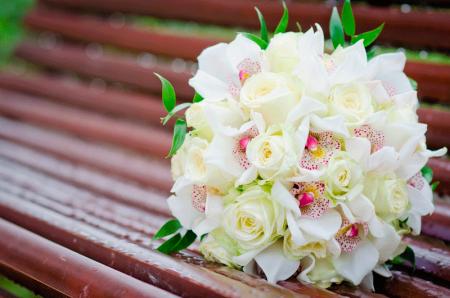 Як вибрати квіти для весільного букета