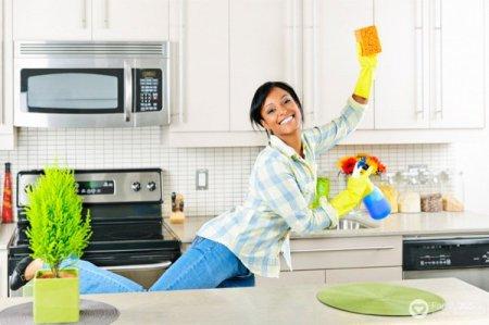 Як схуднути простим способом: фітнес під час прибирання