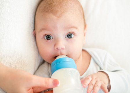 Ребенку 3 месяца - что он должен уметь делать?