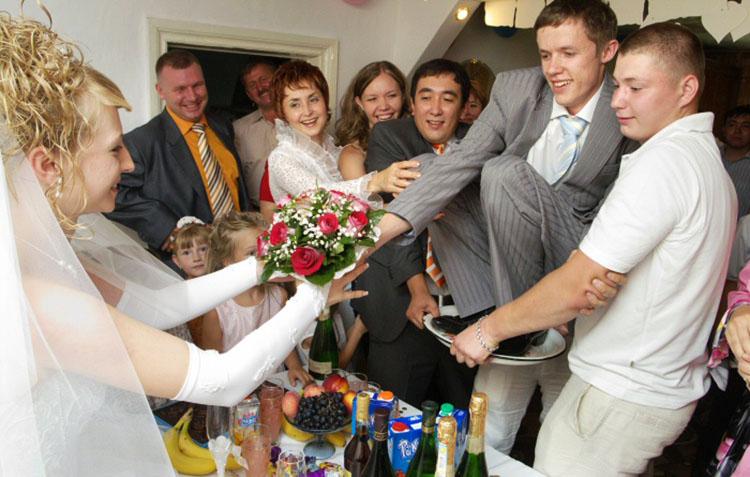 Конкурсы на свадьбе на выкуп невесты