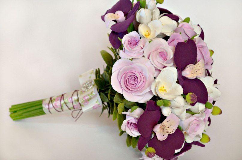 Недорогие букеты на свадьбу в подарок молодоженам 1109