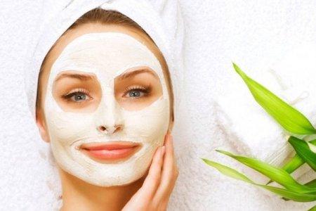 Готовимся к 8 марта: как делать маски для лица